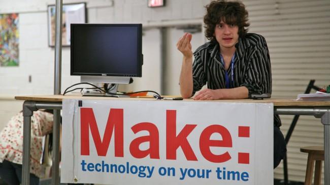 Фото - Знаменитый хакер Джордж Хоц теперь работает в Google