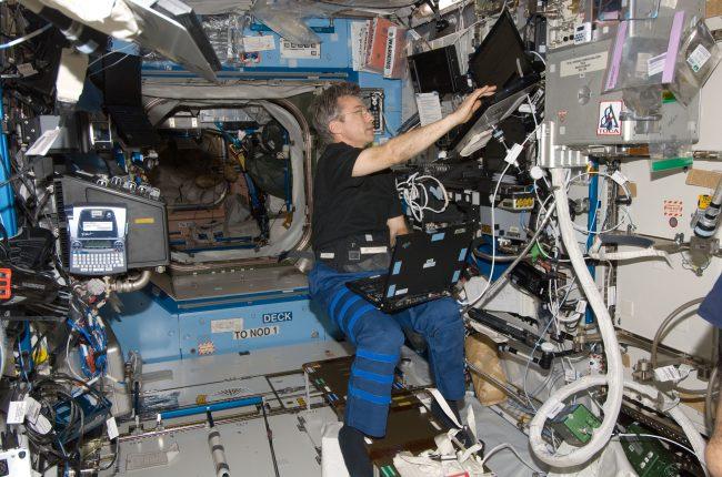 Фото - Суперкомпьютер Hewlett-Packard испытали в космосе