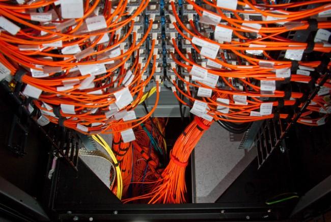 Фото - Первый в мире петафлопный суперкомпьютер уходит на пенсию