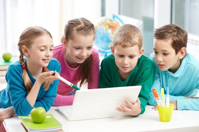 Фото - Дети и компьютеры