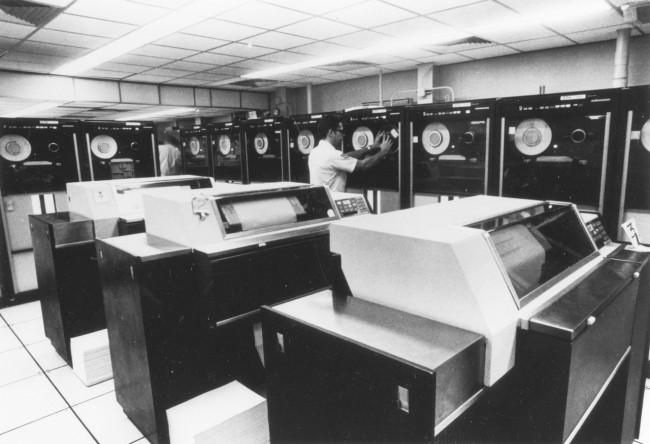 Фото - #факты | Как компьютерная программа чуть не развязала термоядерную войну