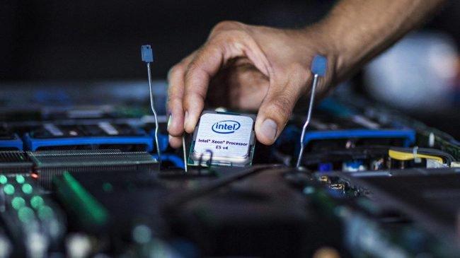 Фото - Intel больше не будет защищать некоторые свои процессоры от уязвимостей